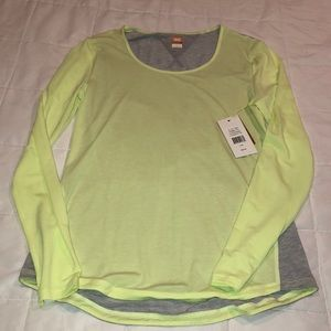 Lucy long sleeve workout tee small
